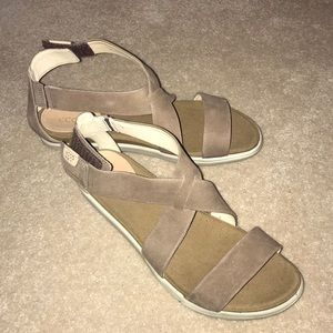 Ecco tan sandals. Worn once. Size 9. Like New!